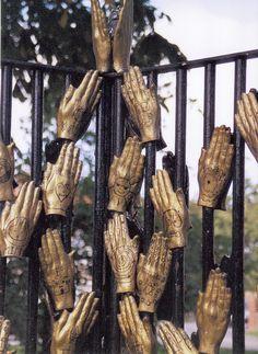 Wolviston, Millenium Hands Sculpture