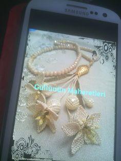 Sadıkin Needle Lace, Fiber Art, Needlework, Knots, Projects To Try, Jewelry Making, Pearls, Eminem, Jewlery