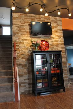 Stone accent walls on pinterest accent walls stone - Stone accent wall living room ...