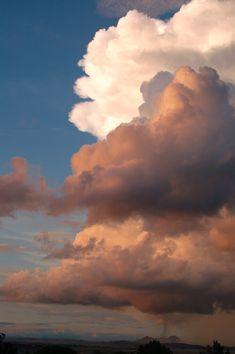 Monsoon Clouds – Prescott AZ – photo by Teri Lyn Smith Monsunwolken – Prescott AZ – Foto von Teri Lyn.