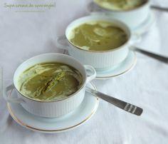 Supa crema de sparanghel | Rețete - Laura Laurențiu Supe, Tableware, Cream, Green, Dinnerware, Dishes, Place Settings, Serveware
