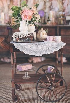 Vintage Tea Party Inspiration I have this tea cart. Vintage Tea Parties, Vintage Party, Vintage Tea Rooms, Tea Trolley, Shabby Chic, Shabby Vintage, Serving Cart, Afternoon Tea Parties, My Cup Of Tea