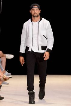 Grungy Gentleman Spring-Summer 2017 - New York Fashion Week Men's
