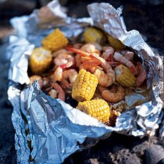 Barbecued Lime Shrimp and Corn - 20 Minute, Superfast Grill Recipes - Cooking Light Mobile Shrimp And Corn Recipe, Seafood Dishes, Seafood Recipes, Seafood Boil, Recipes Dinner, Grilling Recipes, Cooking Recipes, Healthy Grilling, Grill Meals