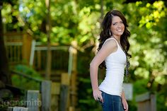 """unique Senior Pictures Ideas For Girls 