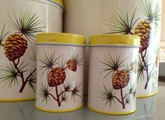 Vintage Mid Century Decorware Tin Lithographed by Buckysfinds, $42.00