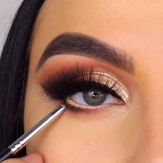 Use These Skin Care Tips For Radiant Skin - Living Dead Beauty Smoke Eye Makeup, Makeup Eye Looks, Eye Makeup Steps, Eye Makeup Art, Makeup Eyes, Coral Eye Makeup, Basic Eye Makeup, Grey Makeup, Cat Eye Makeup Tutorial