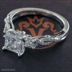 My engagement ring. Stunning!