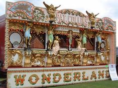 Jon Anton's Vintage Fairground Amusements and Attractions Heritage and History.