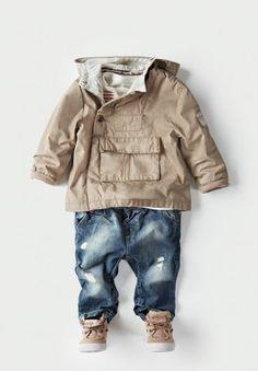 Los tonos neutros quedan perfecto con jeans.