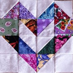 This is a set of new 12 quilt blocks. Each blocks is made from 24 triangles and 4 squares, 336 pieces all together. It is not a kit, blocks have been machine sewn and neatly pressed. I have more similar blocks for sale that you can make larger quilts. Lap Quilts, Quilt Baby, Scrappy Quilts, Mini Quilts, Heart Quilts, Patchwork Heart, Colchas Quilting, Quilting Projects, Quilting Designs