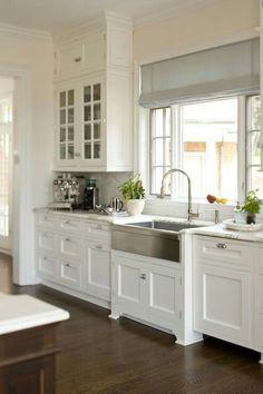 Oak floor with white shaker