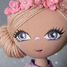 Publicaciones en el muro Doll Face Paint, Doll Painting, Doll Crafts, Diy Doll, Doll Clothes Patterns, Doll Patterns, Doll Making Tutorials, Fabric Toys, Bear Doll