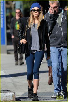 Elizabeth Olsen Stays Fit, Mary-Kate Lands at LAX Airport | Elizabeth Olsen, Mary-Kate Olsen Photos | Just Jared