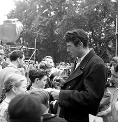Gregory Peck..epic leading man looks.