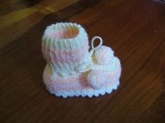 Baby Shoes, Beanie, Hats, Clothes, Scrappy Quilts, Outfits, Clothing, Hat, Baby Boy Shoes