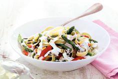 5 november - Gerookte zalm in de bonus - Het oog wil ook wat! Een vrolijke pasta met spinazie en asperges - Recept - Zalmpasta met crème fraîche - Allerhande