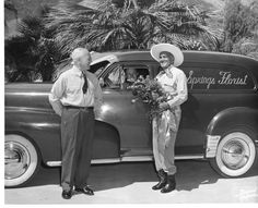 (left to right) Horace Head, Earl Hall (in driver's seat) and Al Jolson in an early Palm Springs Florist photo. The World's Greatest, Palm Springs, Cowboy Hats, Idol, Entertaining, Vintage, Succulents, Business, Sweet