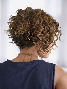 20 short bob hairstyles for curly hair- 20 kurze Bob Frisuren für lockiges Haar Short Curly Hair 2018 - Curly Hair Styles, Thick Curly Hair, Curly Hair Cuts, Wavy Hair, Short Permed Hair, Straight Hair, Hair 24, Short Curly Bob, Chin Hair