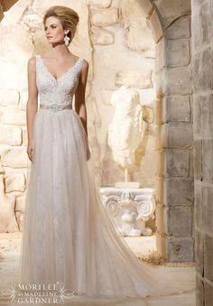 Mori Lee - Alençon Lace and Embroidered Appliqués Over Chantilly Lace with Delicate Beading and Soft Net Skirt Removable Beaded Satin Belt (Also Sold Separately as Style #11204)