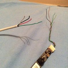 Reuse Old Laptop Webcam: 4 Steps Diy Electronics, Electronics Projects, Laptop Camera, Hidden Spy Camera, Arduino, Security Cams, Reuse, Projects To Try, Hair Accessories