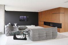 Lujo minimalista en Amberes, diseñado por el arquitecto Vehap Shehi
