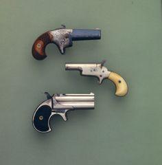 #pistol - Beretta 92A1 Wood Grips http://www.rgrips.com/en/beretta-92-96-98-m9-grips/64-beretta-92-96-98-m9-grips.html
