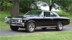 1967 Chevelle  wow sweet ! I had two 66 and 67 chevy 11 novas  ss  but sold them when I got divorced so sad !