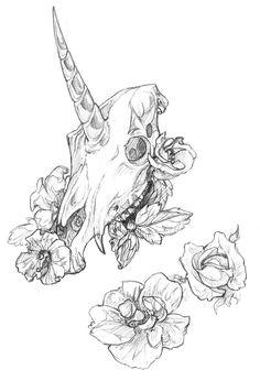 Unicorn skull & flowers