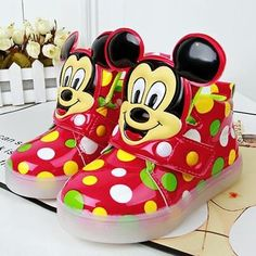 Looking for an awesome pair of childrens shoes? Introducing several all new colors for 2017! These led light up Mickey shoes are a hit! Be sure to visit us at destination-baby.com to see our entire line of fun and affordable clothing and shoes for baby, child, mom and more! Plus always FREE shipping!