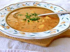 Gazdovská hrachová polievka s vôňou majoránu a tymiánu Poetry, Soup, Cooking, Ethnic Recipes, Life, Kitchen, Soups, Poetry Books, Poem