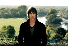 Richard Ashcroft yes please The Verve, King Richard, British Men, Beautiful People, Gym Outfits, Pictures, Life, Bands, Musica