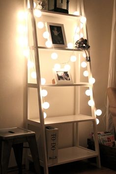HAPPY LIGHTS IN MY LIVINGROOM