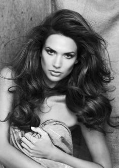 wish i could wake up with big, lovely hair.....