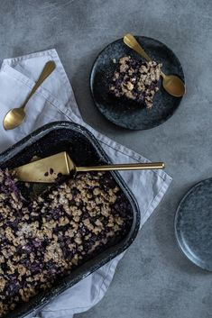 Borůvkový koláč z kefírového těsta s drobenkou | Kefir, Acai Bowl, Baking, Breakfast, Recipes, Food, Acai Berry Bowl, Morning Coffee, Bakken
