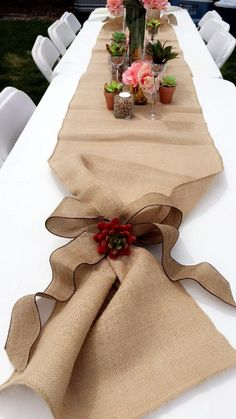 Bow at the end of burlap table runner, succulents, vases filled with beans, hydrangeas, etc. Crochet Table Runner Pattern, Painting Burlap, Rustic Chic Decor, Burlap Table Runners, Handmade Home Decor, Flower Crafts, Diy And Crafts, Creations, Healthy Nutrition