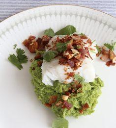 Torsk med ertepure' – Godt nok Avocado Toast, Fish, Breakfast, Drinks, Morning Coffee, Drinking, Beverages, Pisces, Drink
