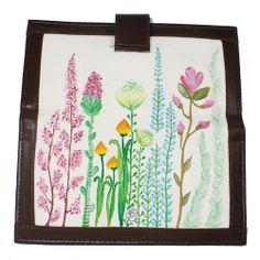 Buttoned Flower Edition 3 - http://www.slightshop.com/produk/buttoned-flower-edition-3/