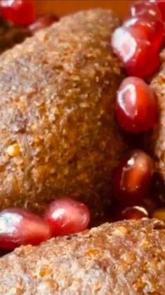 "Rania Issa on Instagram: ""#عجينة_الكبة_by_rania #by_rania_issa بتمنى اللي سالتني عن اللحمة الهبرة للكبة تكون واضحة بهيدا الفيدبو عجينة الكبة بسيطة كتير بنغسل…"" Arabic Recipes, Arabic Food, Baked Potato, Potatoes, Pudding, Baking, Ethnic Recipes, Desserts, Arabian Food"