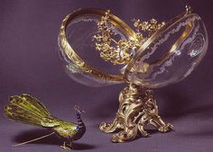 One of my favorites in the collection of Faberge Imperial Eggs.