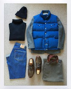 Today's Outfit. 70's #TheNorthFace Down Vest #BlackFleece #BrooksBrothers Harris Tweed Jacket #Inverallan Turtle Neck Shetland Sweater #BeamsPlus Wool Knit Cap 60's #VintageLevis #501 #BigE #JackSpade Waxwear Tote Bag #Alden no93911...