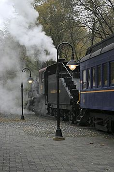 """Waiting for the all-aboard""   The Wilmington and Western Railroad"