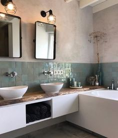 master bathroom decor, bathroom design, traditional modern bathroom, farmhouse m. New Bathroom Designs, Bathroom Trends, Bathroom Inspo, Modern Bathroom Design, Bathroom Interior Design, Bathroom Inspiration, Bathroom Ideas, Modern Interior, Minimal Bathroom