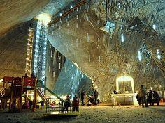 Salina Turda museum of salt mining in Transylvania Salt Mining, Underground Shelter, Tourist Places, Natural Resources, Amusement Park, Eastern Europe, Jacuzzi, Places Around The World, Wonderful Places