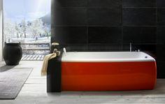 33 dunkle Badezimmer Design Ideen - bad einrichtung dunkle wandfliesen rote badewanne modern bathroom minimalistic look