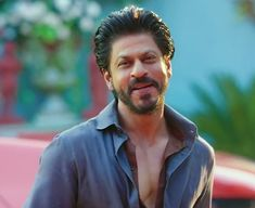 Dilwale 2015, Nov 2, King Of Hearts, Dark Eyes, Aishwarya Rai, Love You More Than, Shahrukh Khan, Descendants, Bollywood