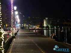 Visit Greece Enjoy A Walk In Lit Up Thessaloniki Visitgreece Greece Thessaloniki Orf Aplas