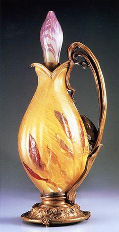 Emile Gallé  Iris Lamp  c.1900          「アイリスのランプ」