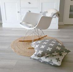 Dit kussen met Scandinavisch design is super mooi en goedkoop :)