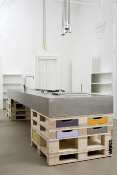#pallets #kitchen #concrete